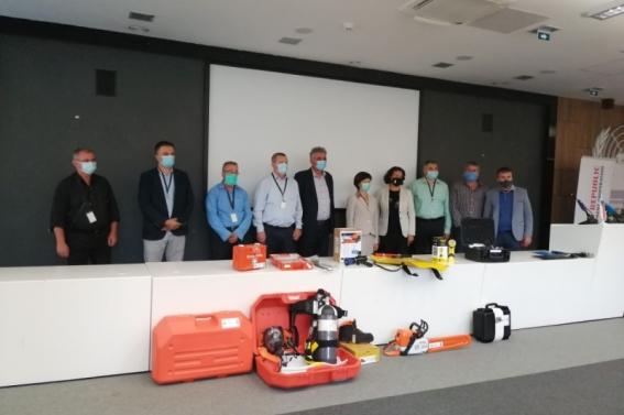Jablaničkim vatrogascima uručena oprema za gašenje požara u vrijednosti oko  30.000,00 KM